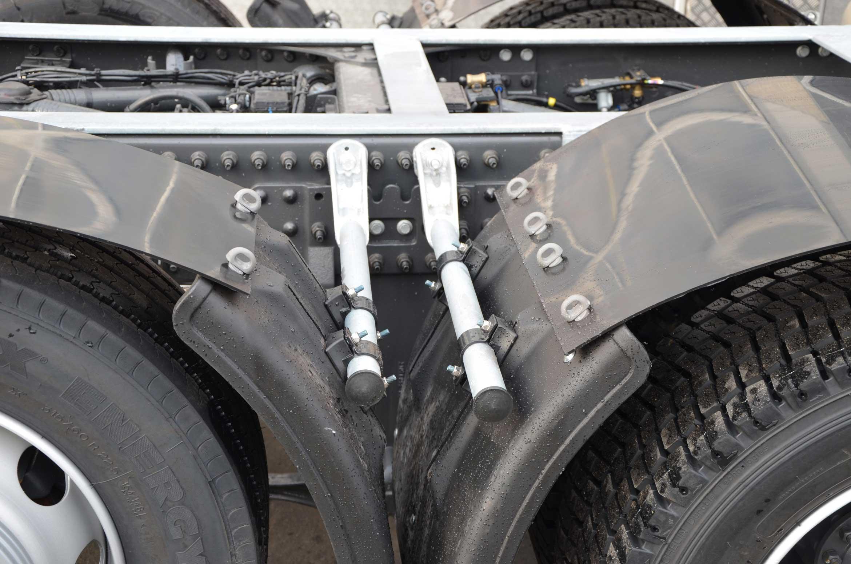 Bild von der Kotflügelabdeckung eines Volumenlifters